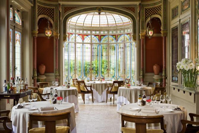 Restaurant - Salon Mauresque - Hotel Grand Barrail