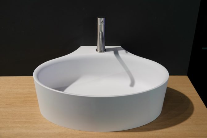 DIP TOO Wall washbasin (Custom)
